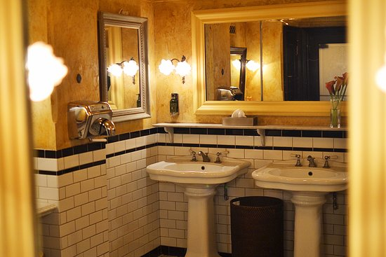 Balthazar: Ladies Bathroom
