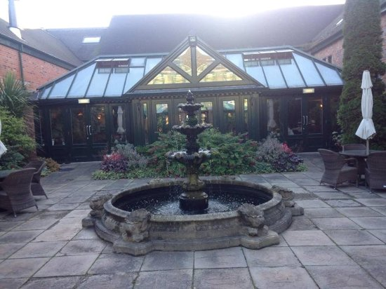 Grosvenor Pulford Hotel & Spa Photo