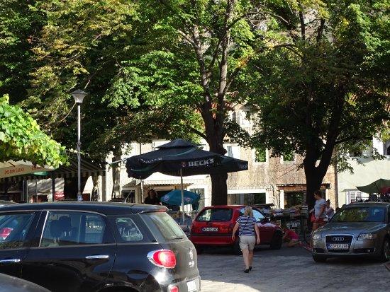 Gabela Street Photo