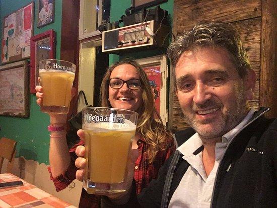 Tata, Hongaria: Cheers