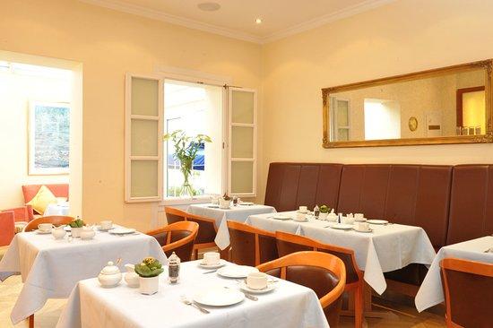 Fr hst ck hotel savoy hannover f nyk pe tripadvisor for Wiegand design hotel