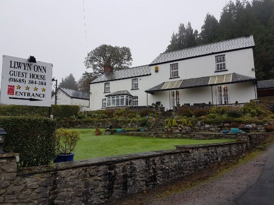 THE 10 CLOSEST Hotels to Llwyn Onn Guest House, Cwmtaf
