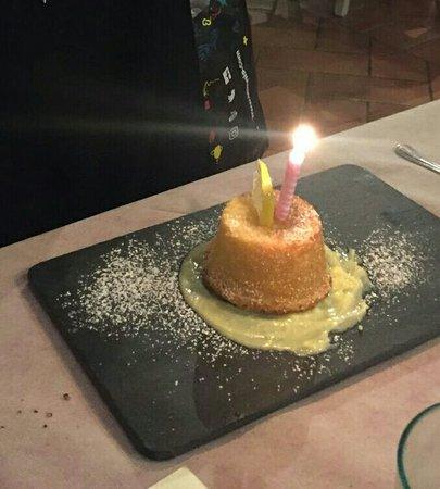 Capannoli, Italia: Un Compleanno dolce al punto giusto ♡