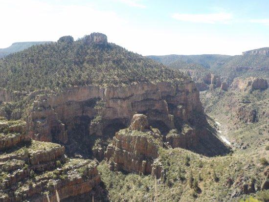 Globe, AZ: Apache country