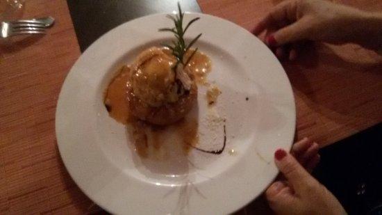 Cereseto, Italia: involtino di ricotta su riso croccante