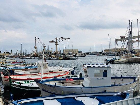 Le carre la ciotat restaurant reviews phone number photos tripadvisor - Restaurant port la ciotat ...