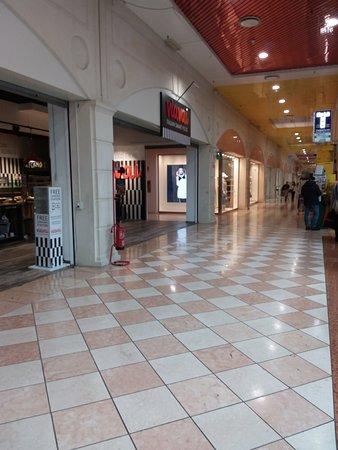 Centro commerciale La Fattoria - Foto di La Fattoria 2589ffaba6f