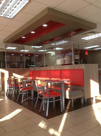 Рэмси, Нью-Джерси: This is a nicely designed restaurant.