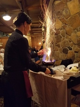 The Copper Door: Bananas Foster table-side