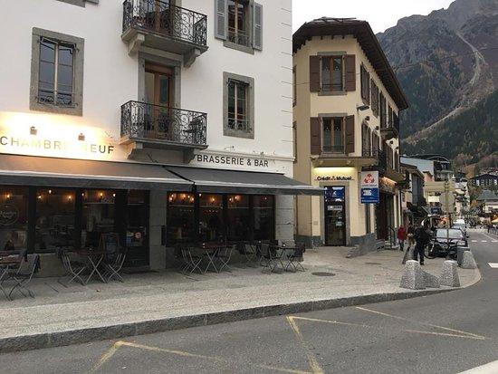 Chambre Neuf: Outside