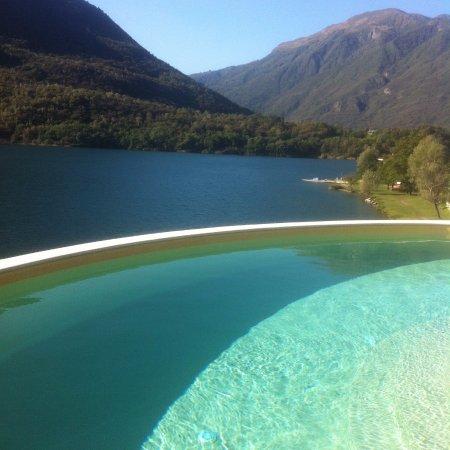 Mergozzo, Italia: Acqua Cristallina