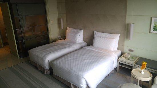 Hotel Nikko Saigon: Twin Bed