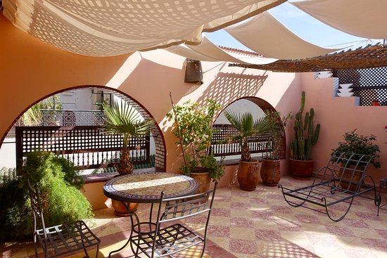 Maison Arabo Andalouse: private terrace