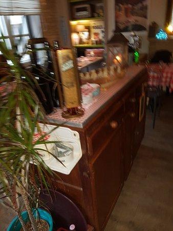 Le Cafe Des Moulins Villedieu Les Poeles