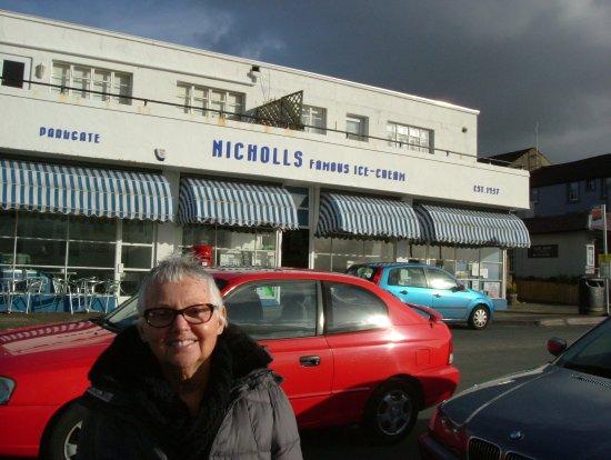 Nicholls of Parkgate: Nicholls Ice Cream Palour