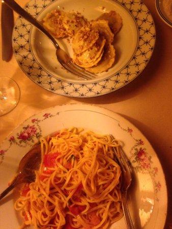Bossolasco, อิตาลี: Agnolotti (Piemonte ravioli)