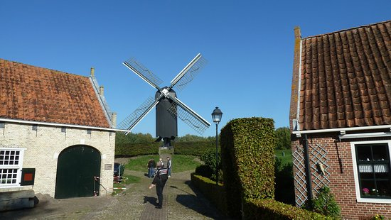 Bourtange, Países Baixos: Windmühle in der Festung