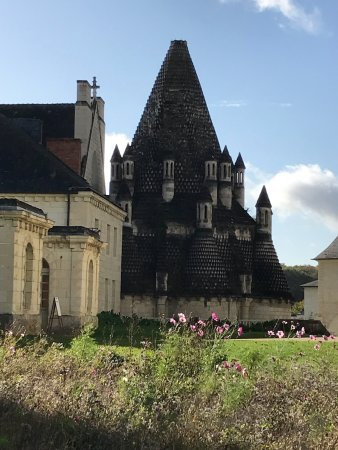 Fontevraud-l'Abbaye, Francia: photo3.jpg