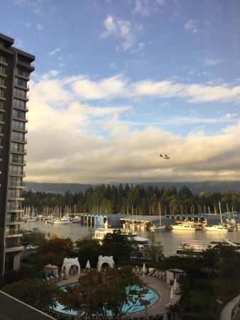 The Westin Bayshore, Vancouver: View from main building room