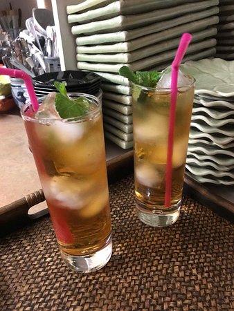 Kloten, Switzerland: Welkom to Ploy Thai Restaurant kaa 🙏😊  Aperitifs Martini Bianco Zen🥂 kosten 7.50 CHF.