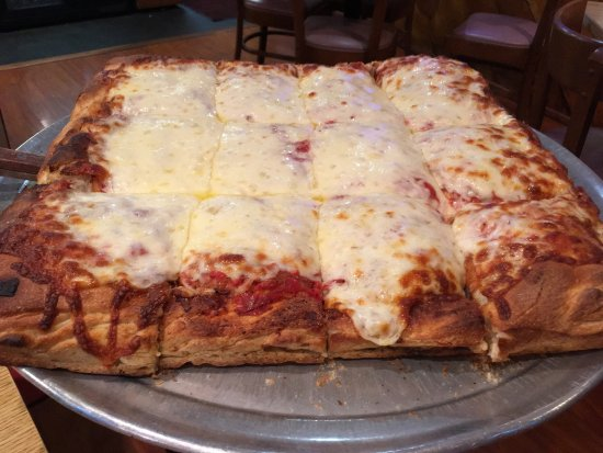 Lake Katrine, Nova York: Delicious Sicilian Pizza