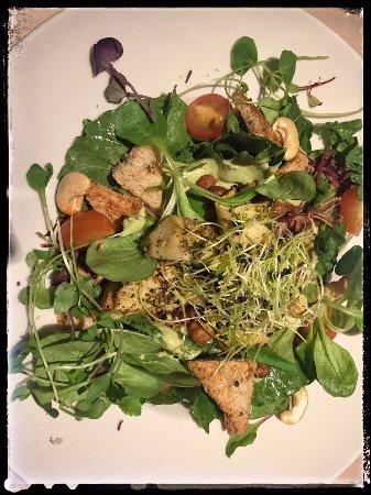 Vegan Restoran V: caesar salad with achovy