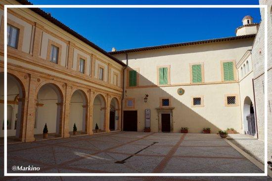 Duomo di Spoleto: photo4.jpg