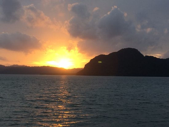 Phuket (miasto), Tajlandia: Beautiful sunset from the canoe