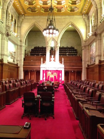 Ottawa, Kanada: These are pictures from the interior of the parliament and from a boat tour !