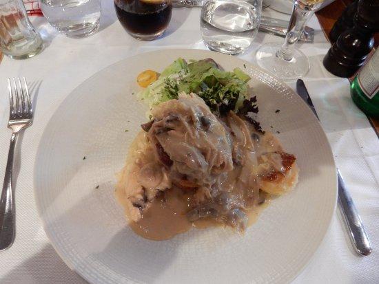 Brasserie Raymond : House special chicken dish