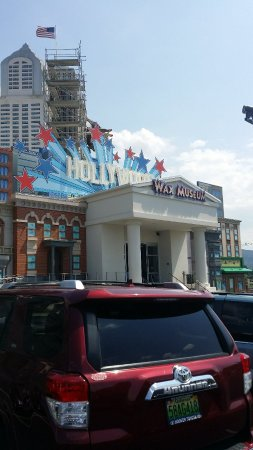 Branson Attractions – Hollywood Wax Museum Entertainment ...