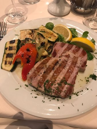 Podstrana, Croacia: Awesome tuna steak