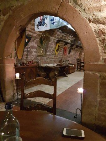 Annweiler am Trifels, Alemanha: Teil des Gewölbekellers