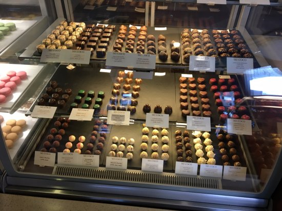 So coco: Chocolate selection