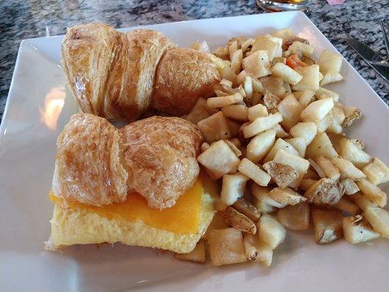 Rowlett, TX: breakfast croissant