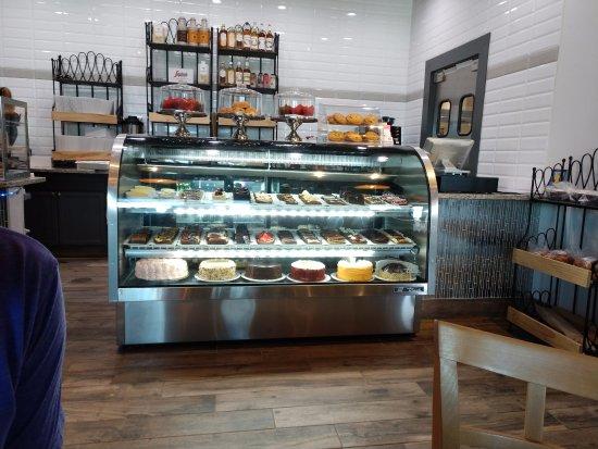 Rowlett, TX: dessert case
