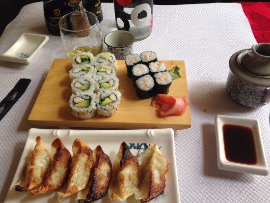 Vitry-sur-Seine, Fransa: Sushi and gyoza