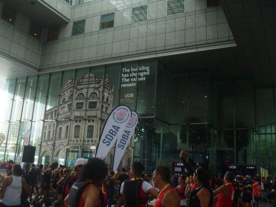 Raffles Place, Singapur: 大混雑