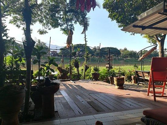 Hollanda Montri Guesthouse: IMG_20171110_162523_large.jpg
