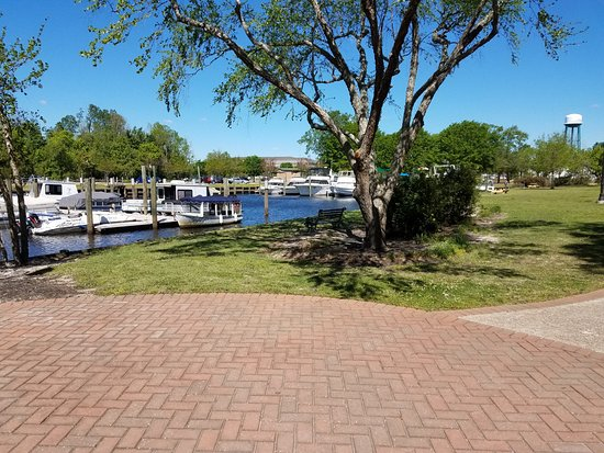 Conway, SC: marina view from walk