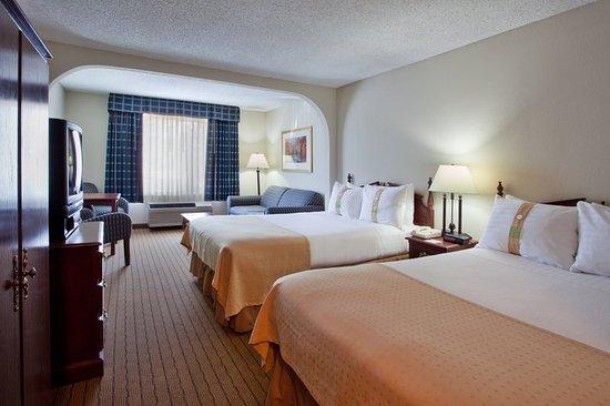 Peachtree City, GA: Double Bed