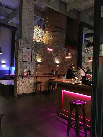 Saint-Jans-Molenbeek, Bélgica: MEININGER Hotel Brussels City Center