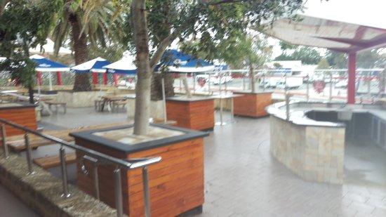 Rivervale, Australia: Beer Garden
