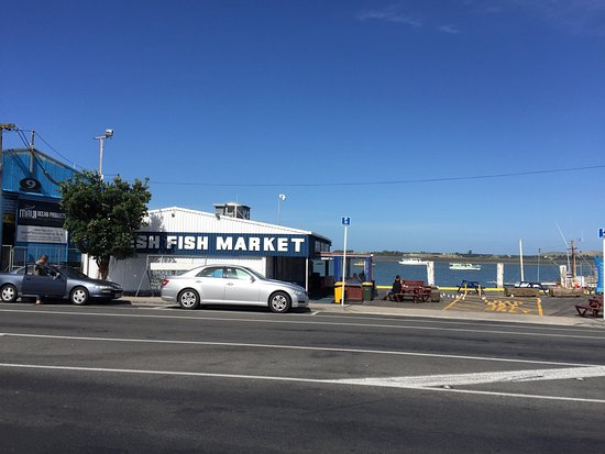 Picture of bobby 39 s fresh fish market for Fresh fish market los angeles