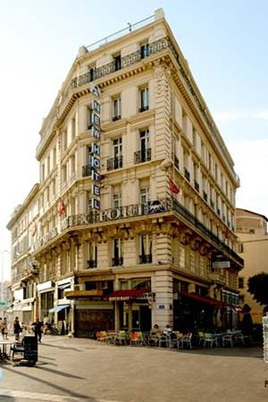 New Hotel Vieux Port Marseille France Reviews Photos Price - Hotel marseille vieux port pas cher