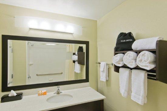 Artesia, NM: GuestRoomAmenity