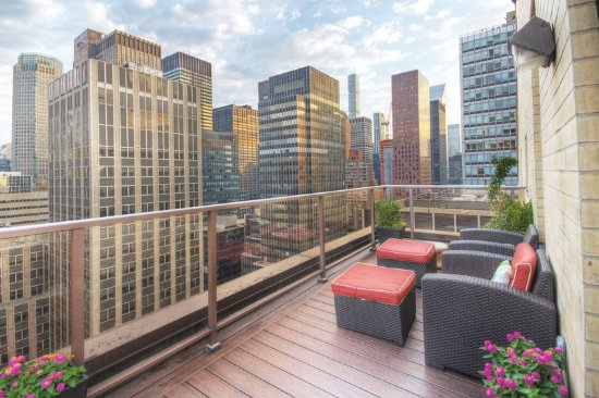 wyndham midtown 45 at new york city lounge kuva wyndham. Black Bedroom Furniture Sets. Home Design Ideas
