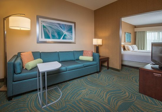 Bel Air, MD: Double/Double Studio Suite – Living Area