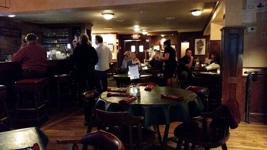 Glen Park Tavern: Dining Room on night I was there