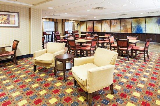 Poolview Obr Zek Za Zen La Quinta Inn Suites Warner Robins Robins Afb Warner Robins